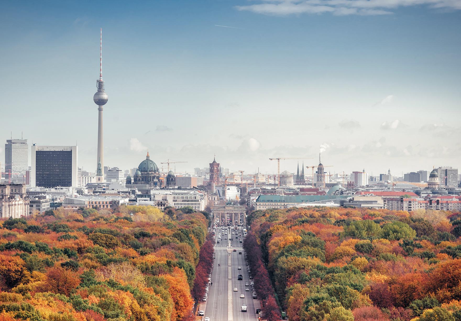 Berlin Study Trip Cityscape Skyline Lh