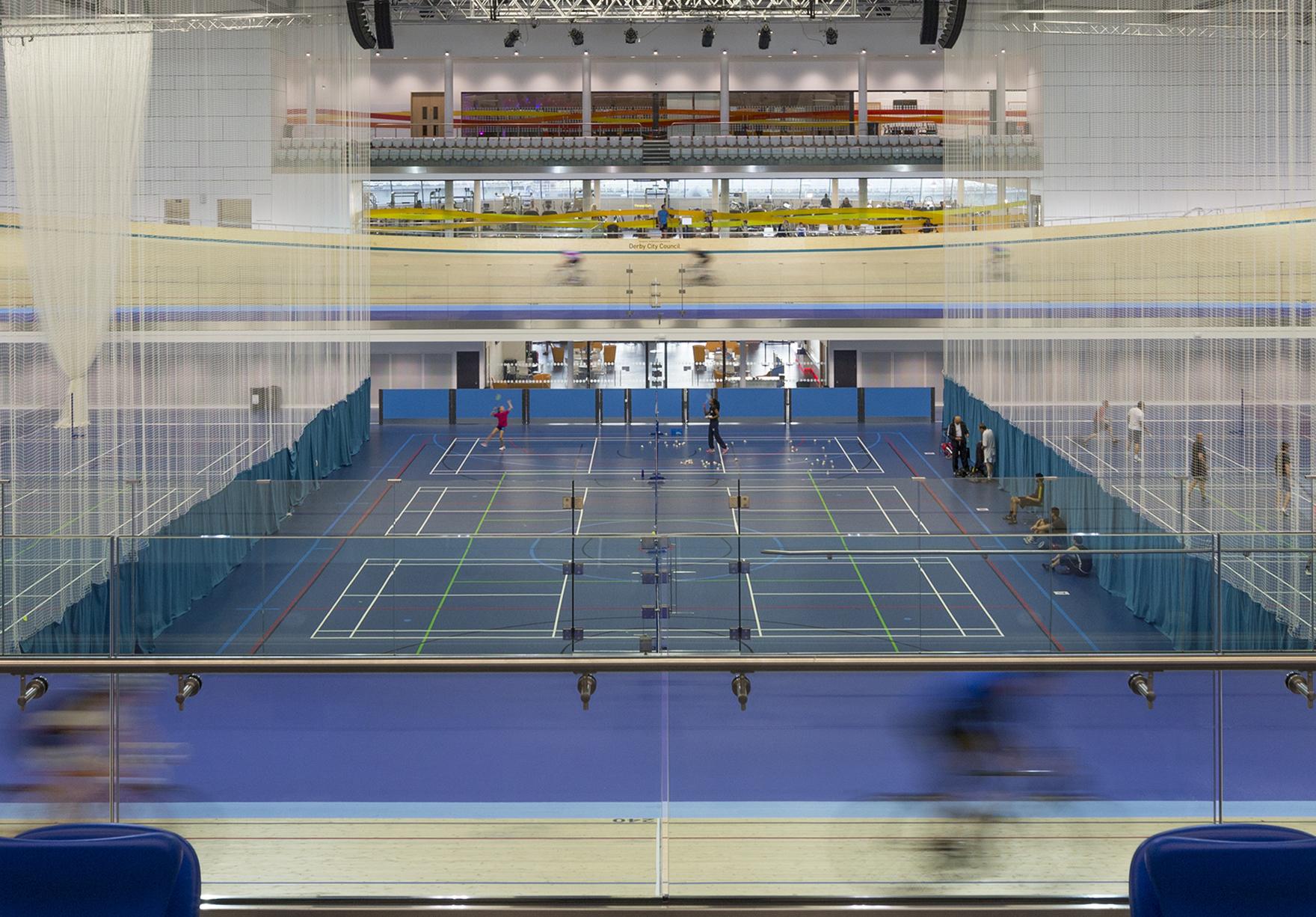Derby Arena Velodrome Sport Raised Track Lh