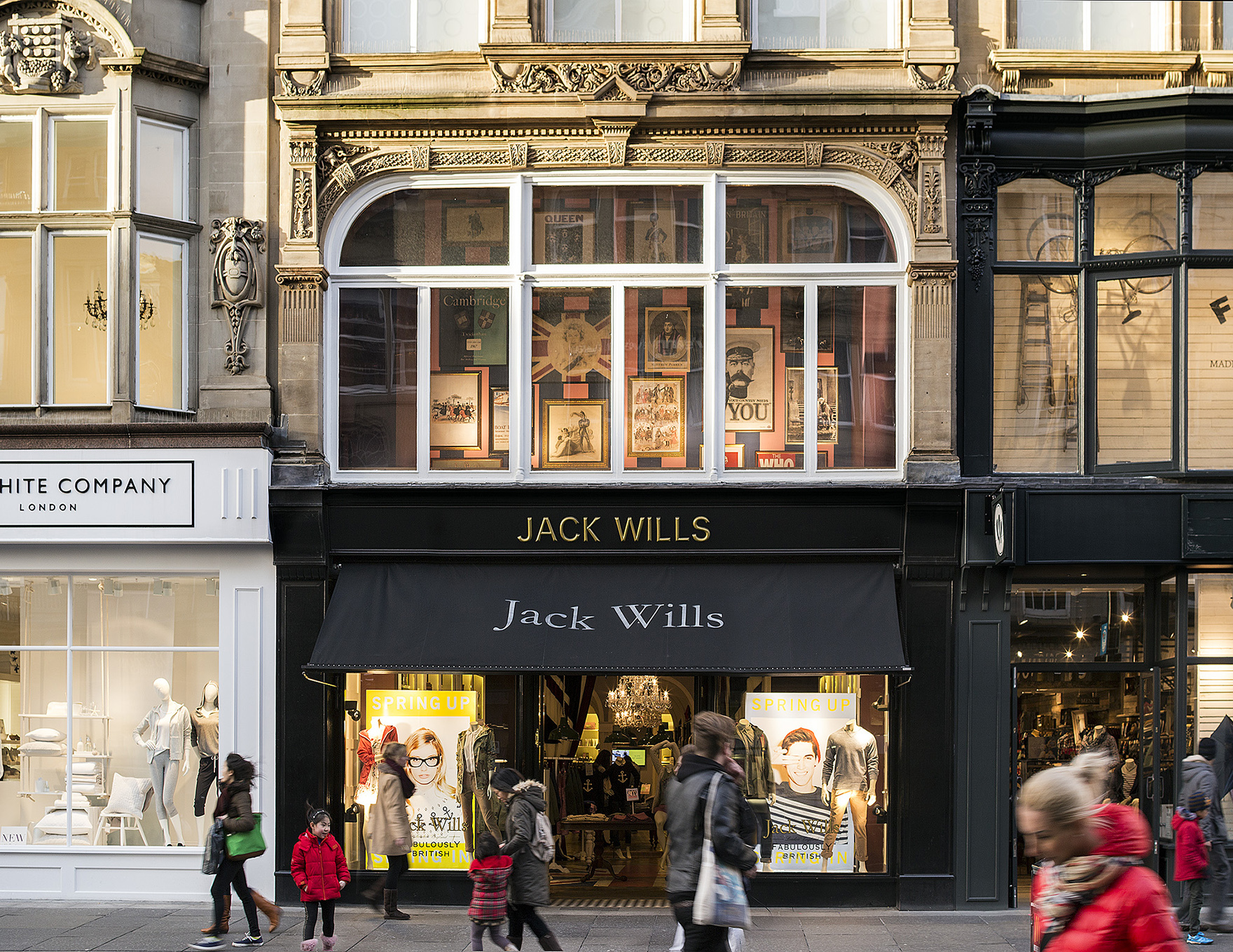 Retail Design Expertise Monument Mall Newcastle Refurbished Shopfronts And Facade L